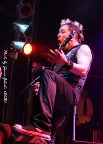 Fozzy guitarist Billy Grey on stage at London's Electric Ballroom (December 2012) - Photo 2