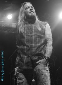 Soil singer Ryan McCombs on stage at London's Electric Ballroom December 2012 - Photo 2
