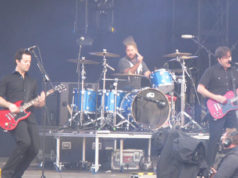 Jimmy Eat World on stage at Download Festival 2008