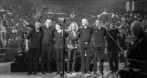 Metallica S&M 2 Band and Conductors Photo - Brett Murray